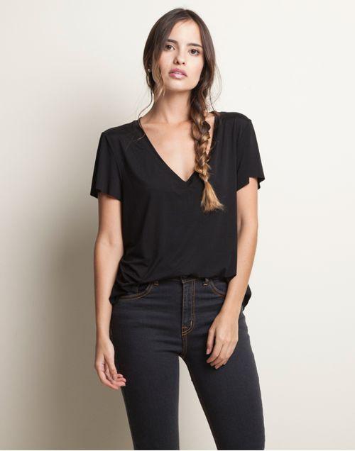 camiseta-131910-negro-1.jpg