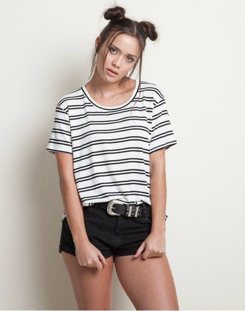 camiseta-131929-negro-1.jpg