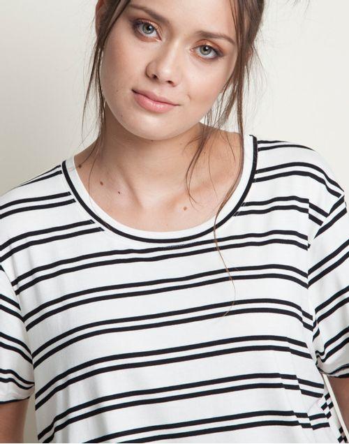camiseta-131929-negro-2.jpg