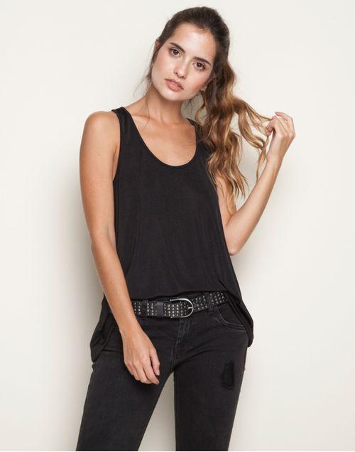 camiseta-131951-negro-1.jpg