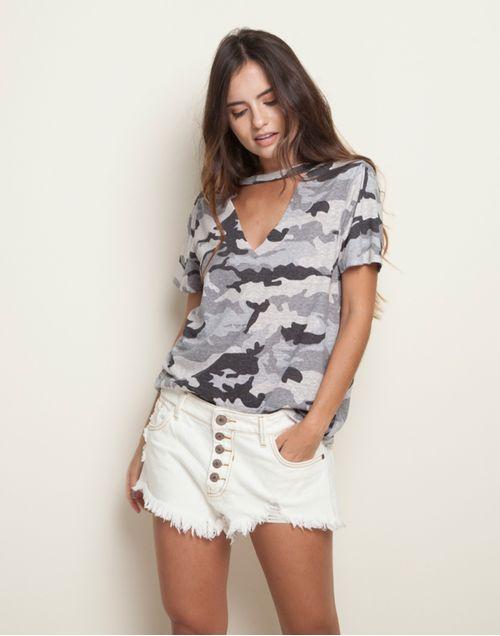camiseta-131960-negro-1.jpg