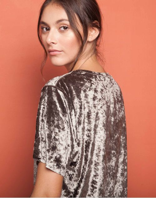 camiseta-180034-gris-2.jpg