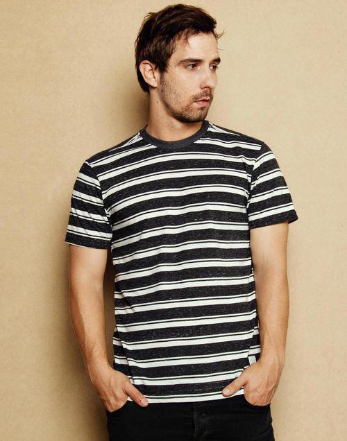camiseta-111713-negro-1.jpg