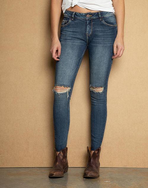 8819265e38720 Low Waist Cropped Jeans Ruedo Al Corte + Rotos En Rodilla
