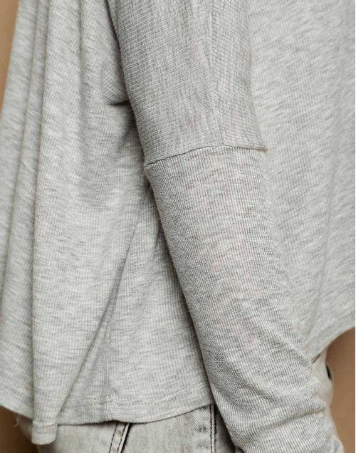 camiseta-180127-gris-2.jpg