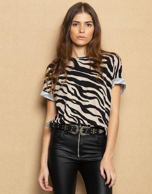 camiseta-180179-negro-1.jpg