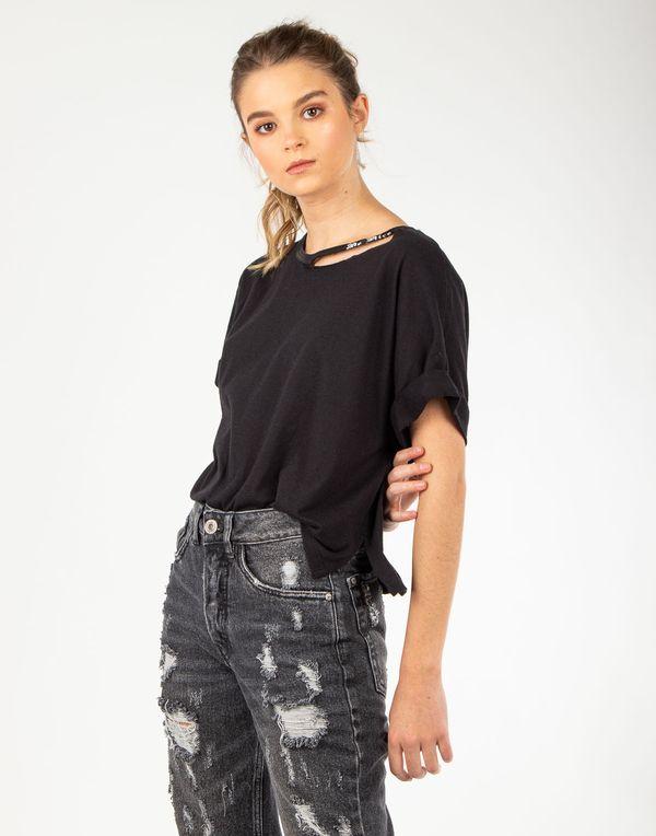 camiseta-180240-negro-2.jpg