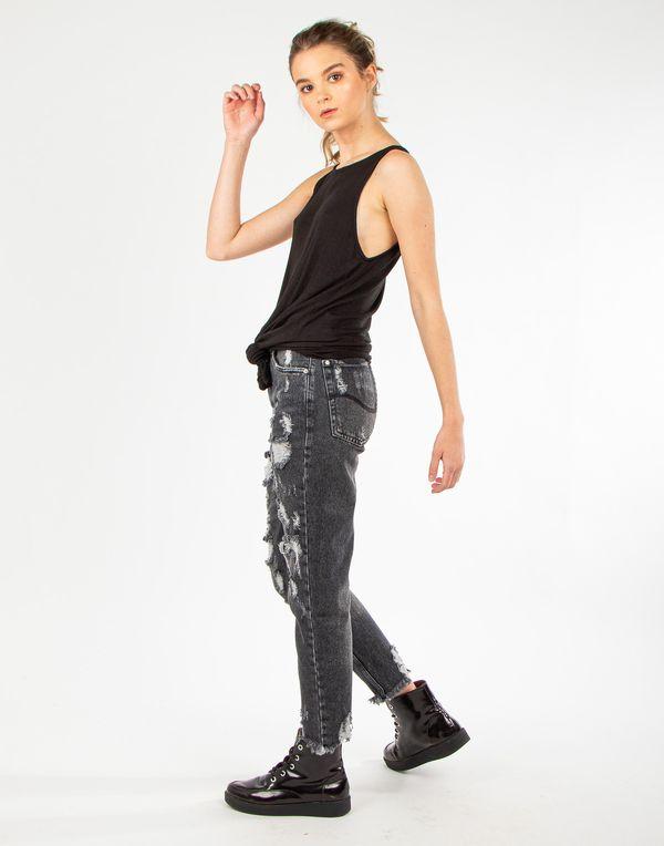 camiseta-180300-negro-1.jpg