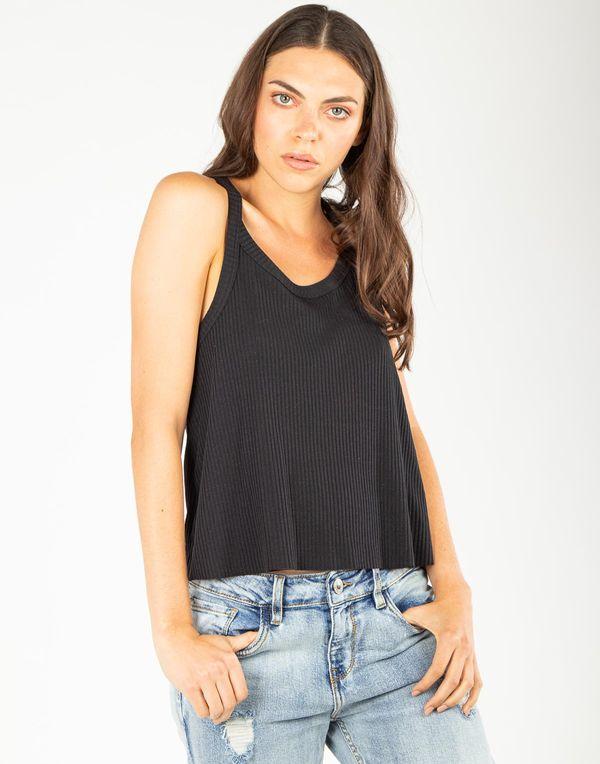camiseta-180272-negro-1.jpg