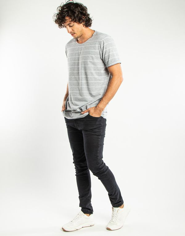 camiseta-113769-gris-2.jpg