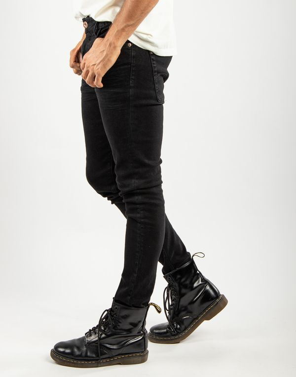 pantalon-119526-negro-1.jpg