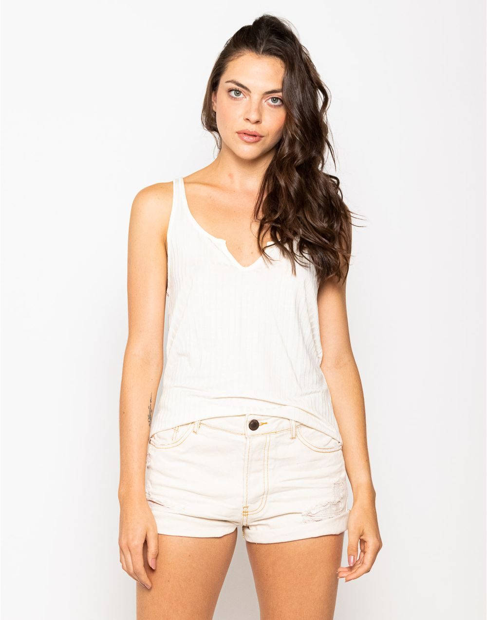 camiseta-180269-crudo-1