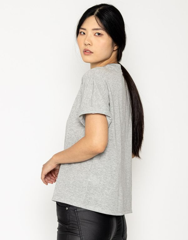 camiseta-180317-gris-2.jpg