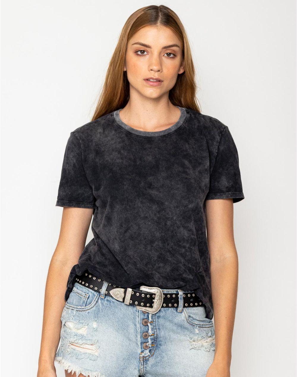 camiseta-180316-negro-1.jpg