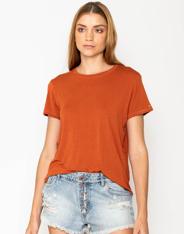 camiseta-180319-rojo-2.jpg