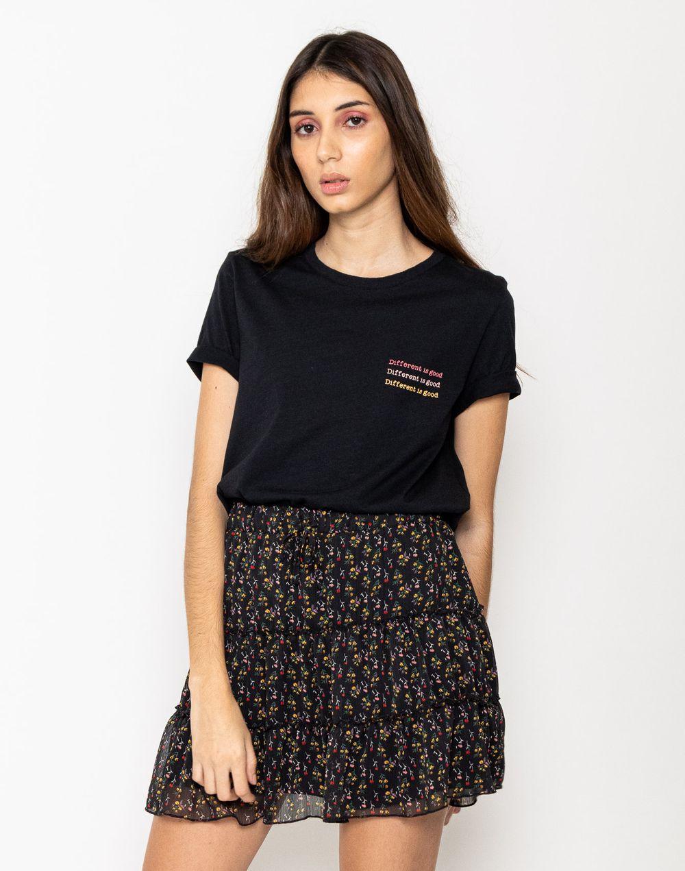 camiseta-180330-negro-1.jpg