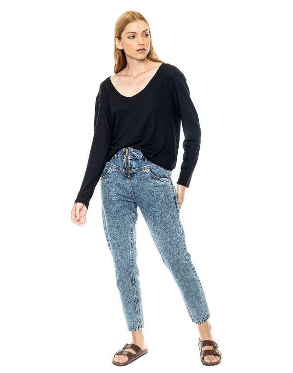 camiseta-180401-negro-2.jpg