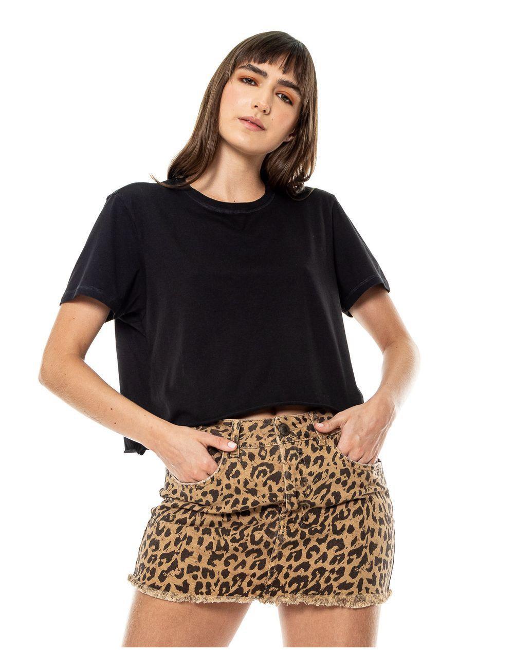 camiseta-044347-negro-1.jpg
