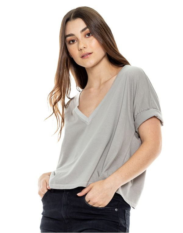 camiseta-180527-gris-1.jpg