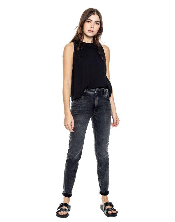 camiseta-044368-negro-2.jpg