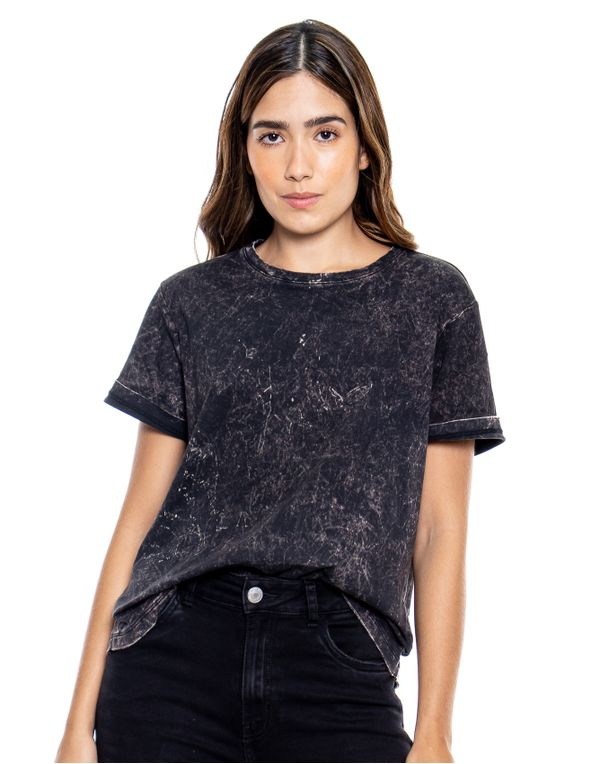 camiseta-114316-negro-1