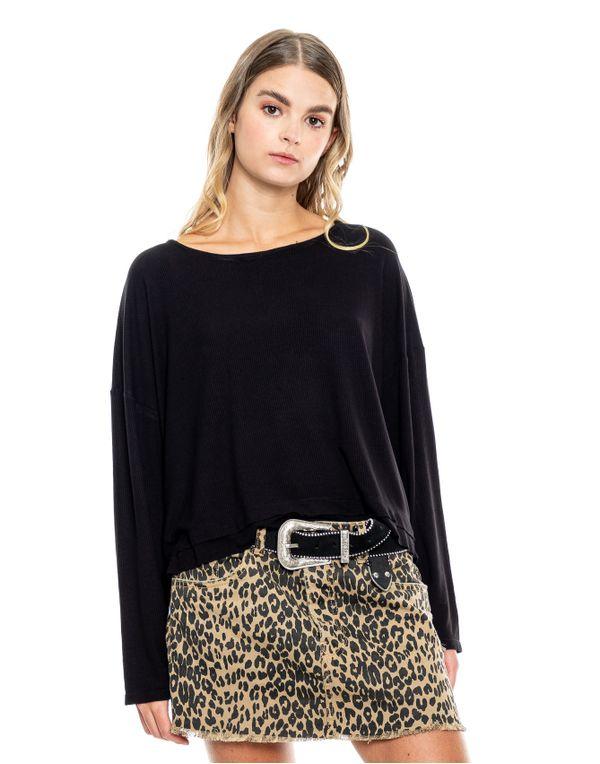 camiseta-114324-negro-1.jpg