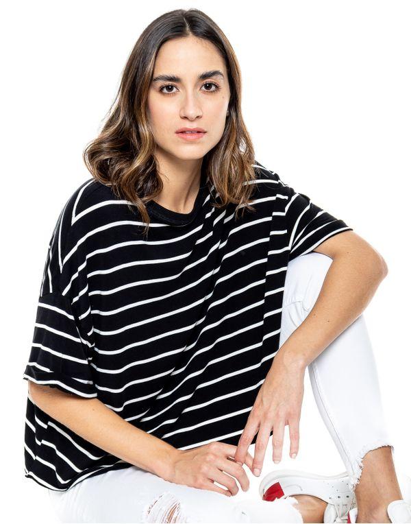camiseta-124333-negro-1
